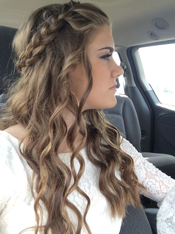 Easy Homecoming Hairstyle