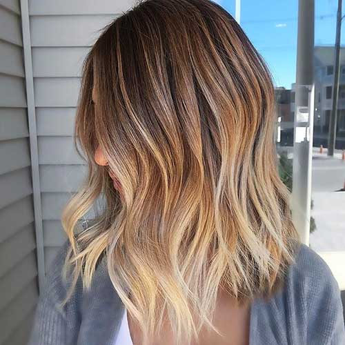Blonde Balayage Wavy Hairstyle