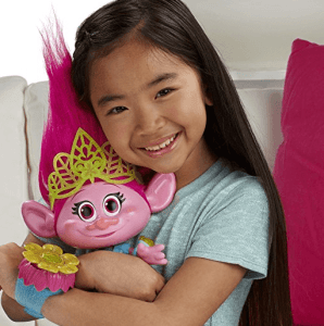 trolls hug time poppy review