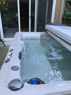 Lifesmart 350/Bahama Hot Tub for sale