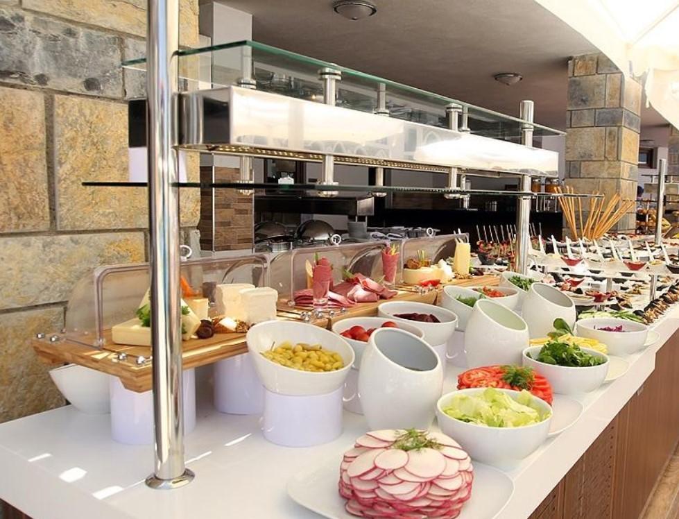 Фото нового отеля в Турции Akbuk Ada Resort Hotel 5*, кухня