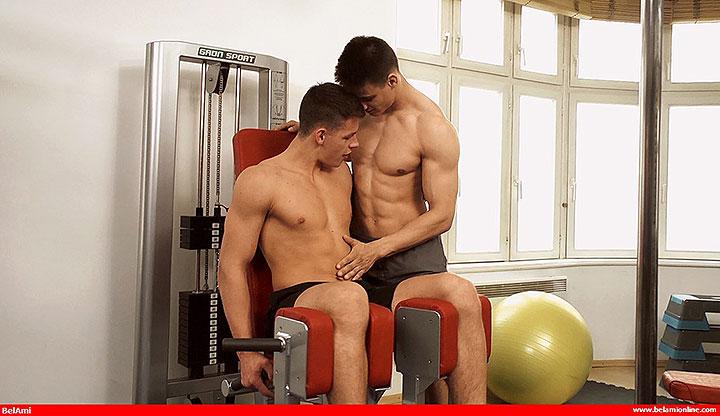 Jeroen Mondrian Fucks Andrei Karenin In The Gym