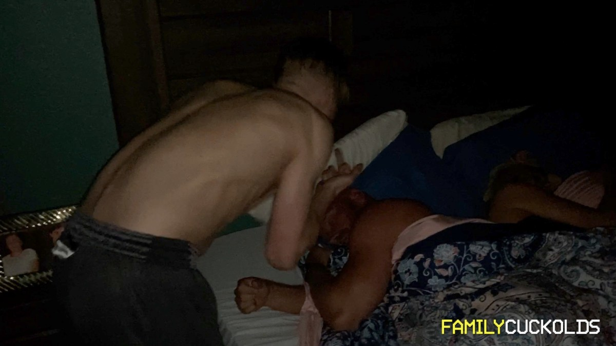 FamilyCuckOlds: Alpha Sons