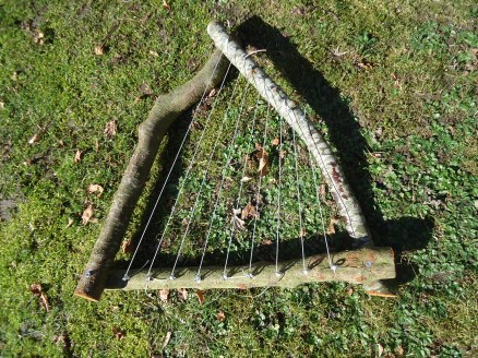 HarpMadeOfBranches01