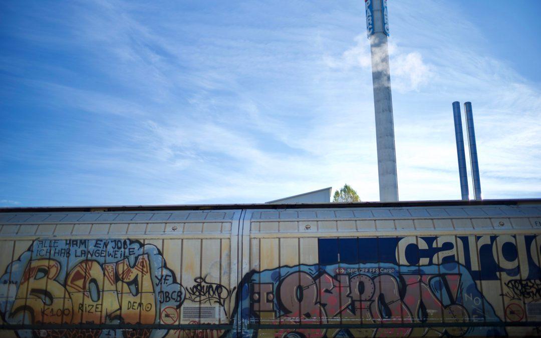 L'environnement industriel autour de mon nouveau lieu de travail à Carouge