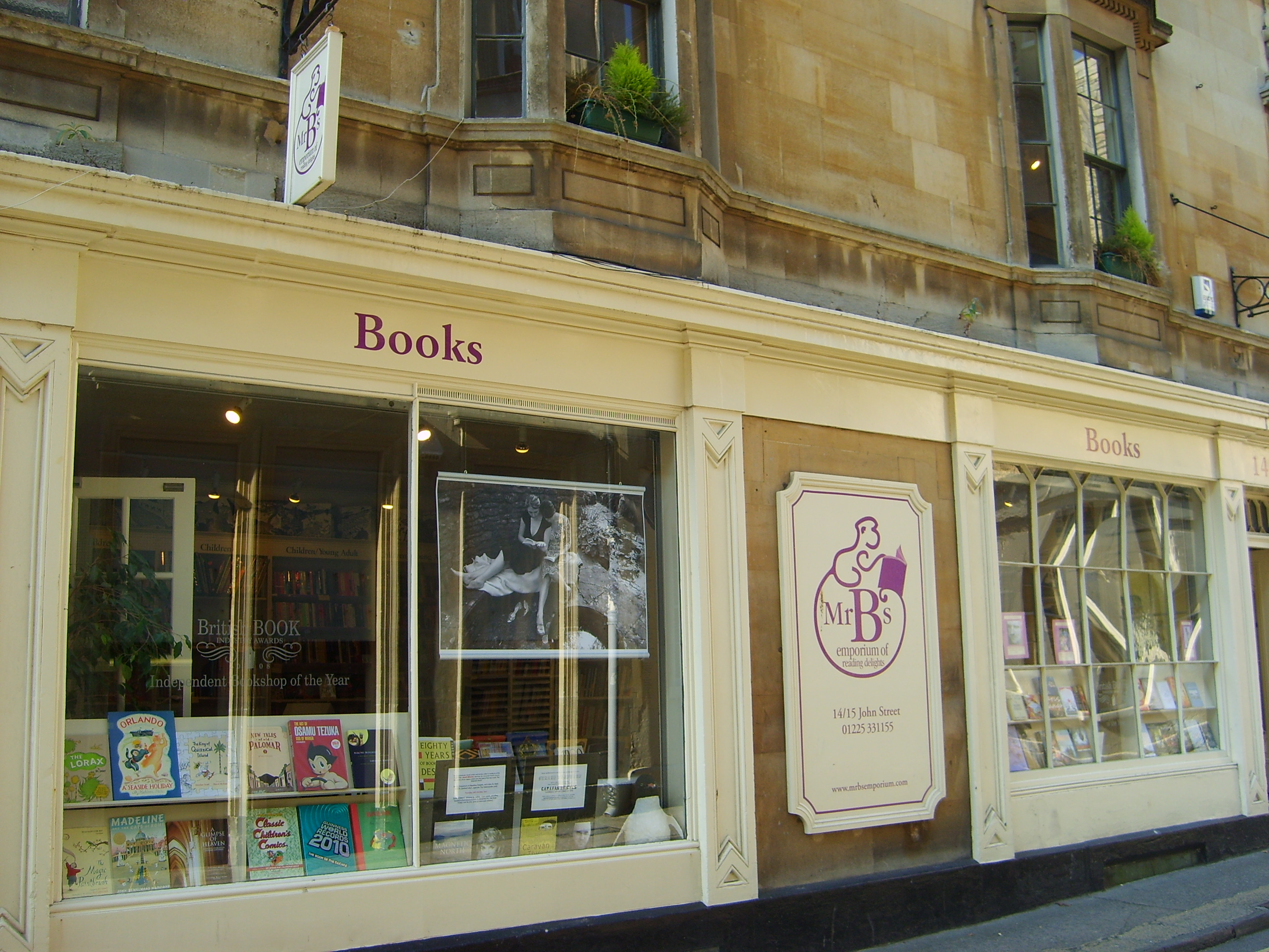 Mr B's Bookshop is hands-down the best shop for new books that we've ever visited--anywhere!