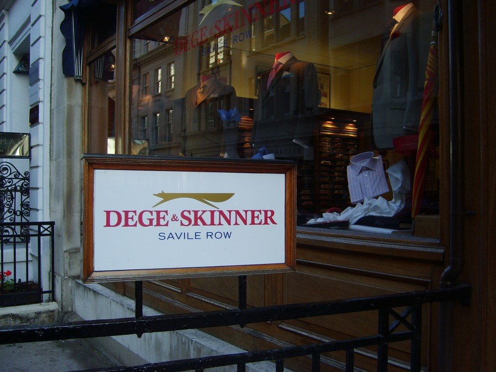 Houndbloggers Abroad: Hunting's historic clothiers (a tale of goss, coodle, and ventile lining) (4/6)