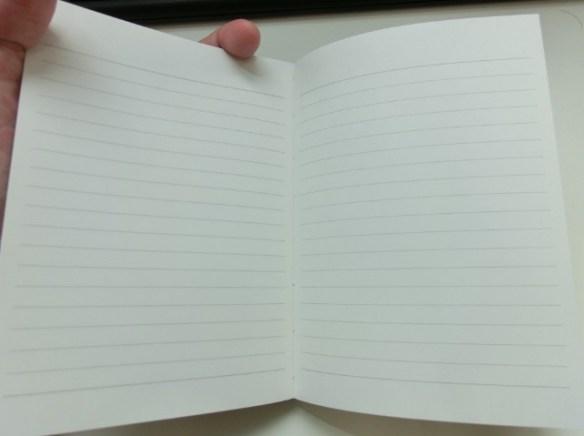 uni130周年記念本の中身