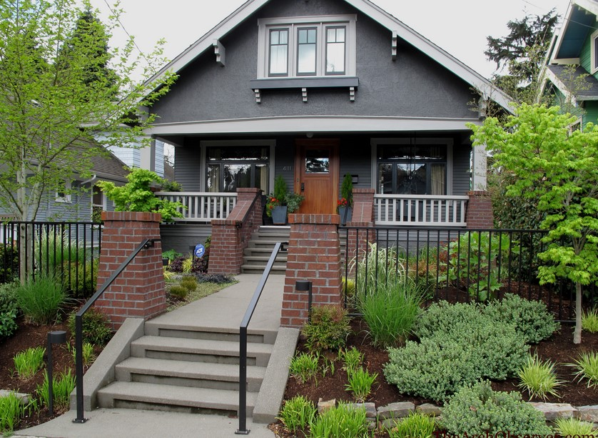 Exterior paint colors with red brick - give your house a ... on Brick House Painting Ideas  id=36726