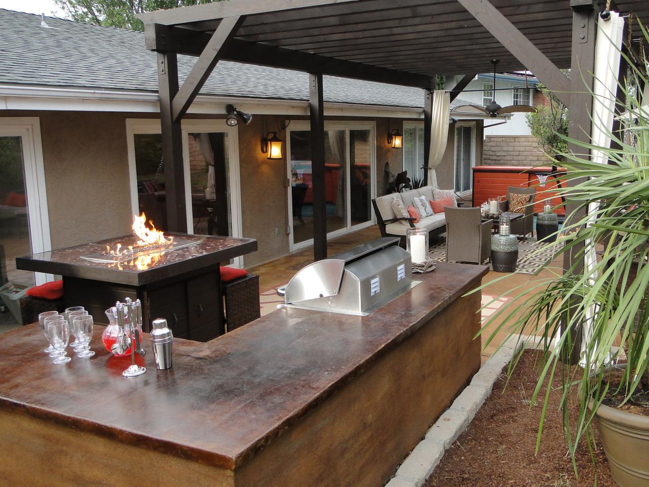 Portable outdoor bar designs makes a perfect addition ... on Backyard Exterior Design id=55713