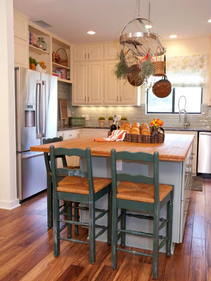 Small kitchen ideas: design and technical features on Remodel Small Kitchen Ideas  id=30827