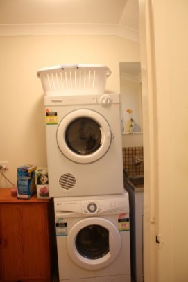 laundry-makeover-before-House-Nerd-renovation-70s (11)