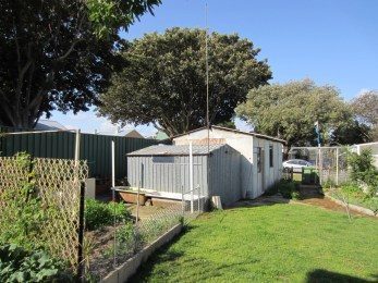 Perth-weatherboard-renovation-before-after-House-Nerd (29)