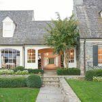 70 Stunning Exterior House Design Ideas (65)