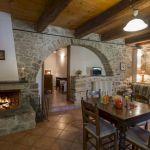40 Adorable Farmhouse Dining Room Design and Decor Ideas (35)