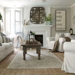 40+ Awesome Farmhouse Design Ideas For Living Room (13)