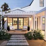 46 Awesome Farmhouse Home Exterior Design Ideas (35)