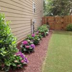 35 Awesome Front Yard Garden Design Ideas (15)