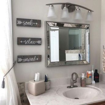 50 Awesome Wall Decoration Ideas for Bathroom (33)