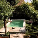 50 Gorgeous Small Swimming Pool Ideas for Small Backyard (24)
