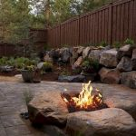 55 Awesome Backyard Fire Pit Ideas For Comfortable Relax (15)