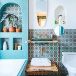 65 Gorgeous Colorful Bathroom Design and Remodel Ideas (19)