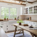 90 Amazing Kitchen Remodel and Decor Ideas With Colorful Design (81)