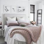 50 Amazing Modern Bedroom Decoration Ideas with Luxury Design (36)
