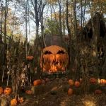 30 Awesome Outdoor Halloween Decorations Ideas (6)