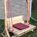 30 Fantastic DIY Wooden Pallet Swing Chair Ideas (16)