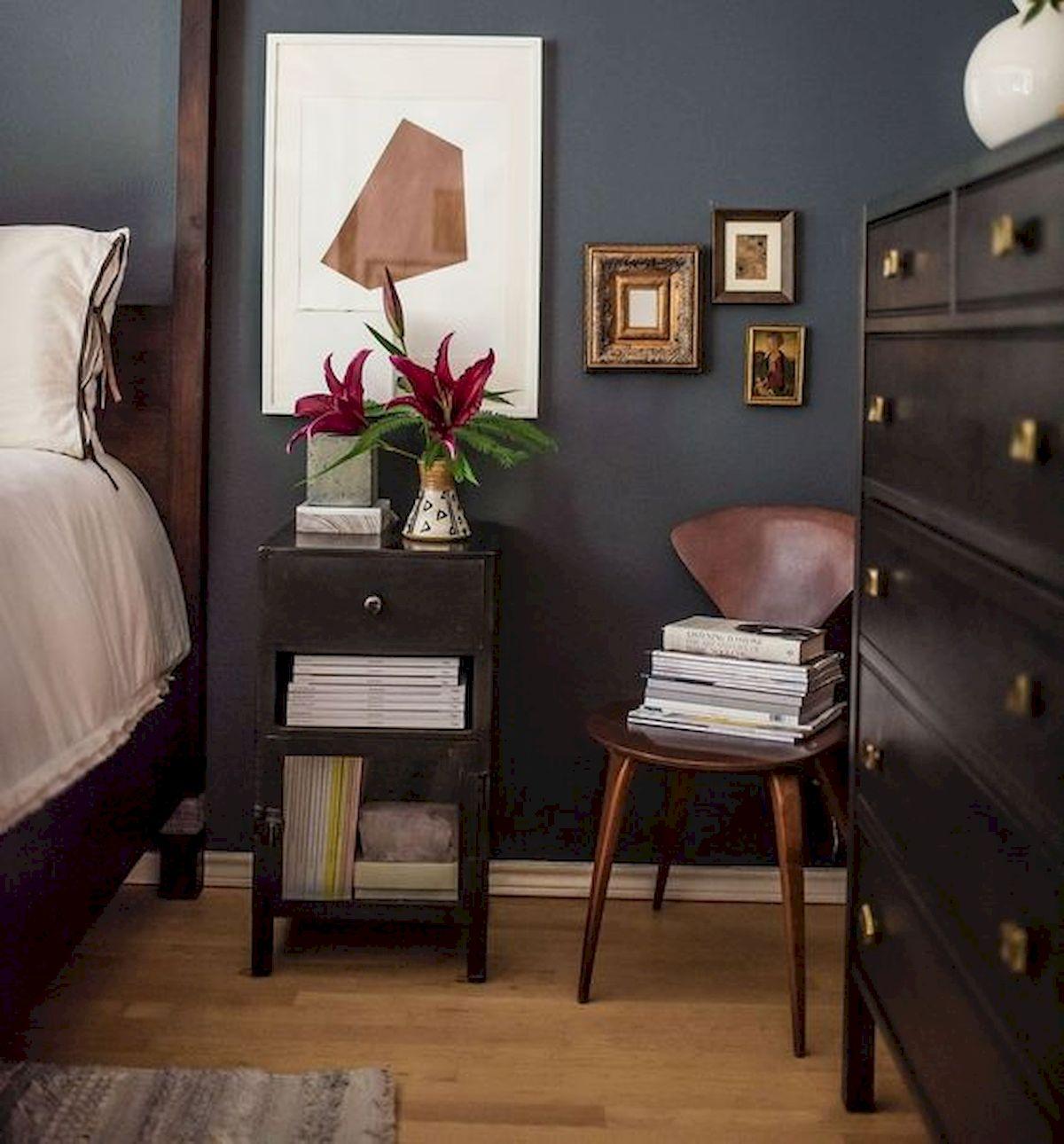 36 Beautiful Wall Bedroom Decor Ideas That Unique (6)