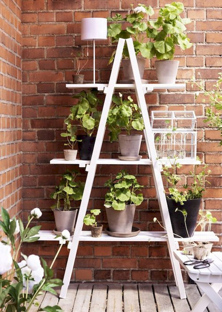 44 Fantastic Vertical Garden Ideas To Make Your Home Beautiful (15)