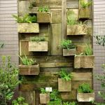 44 Fantastic Vertical Garden Ideas To Make Your Home Beautiful (44)