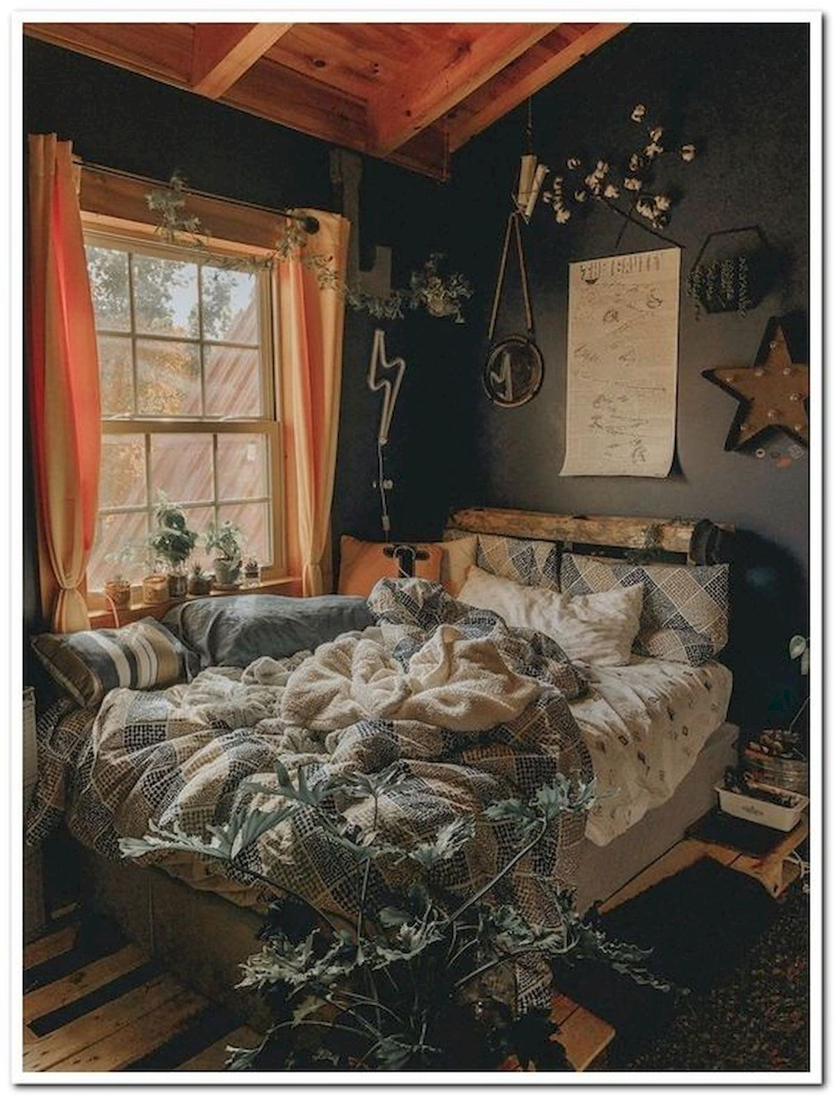 30 Cozy Fall Decoration Ideas For Your Bedroom (14)