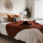 30 Cozy Fall Decoration Ideas For Your Bedroom (15)