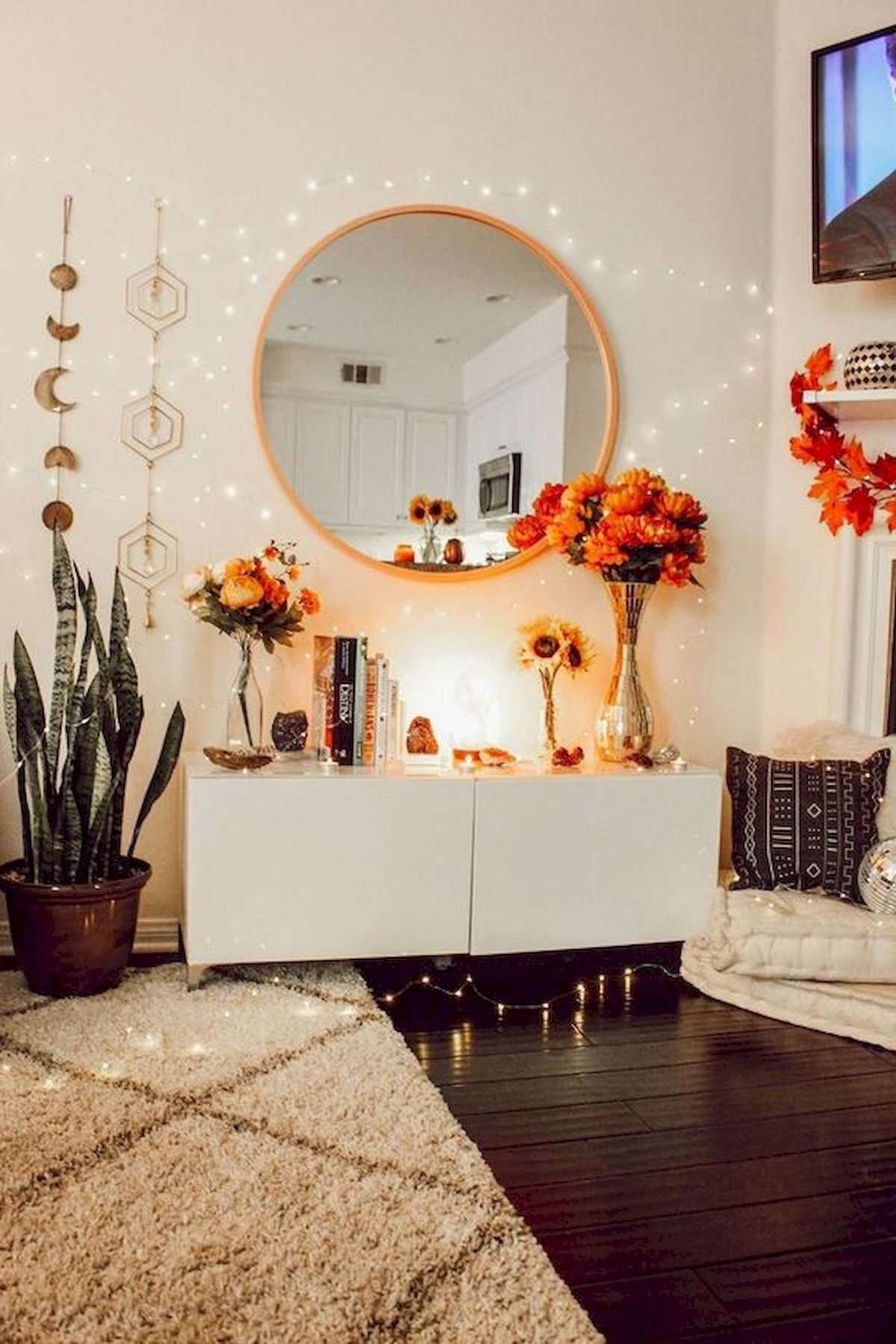 30 Cozy Fall Decoration Ideas For Your Bedroom (26)