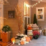 35 Cool Fall Outdoor Decor Ideas You Will Like (21)