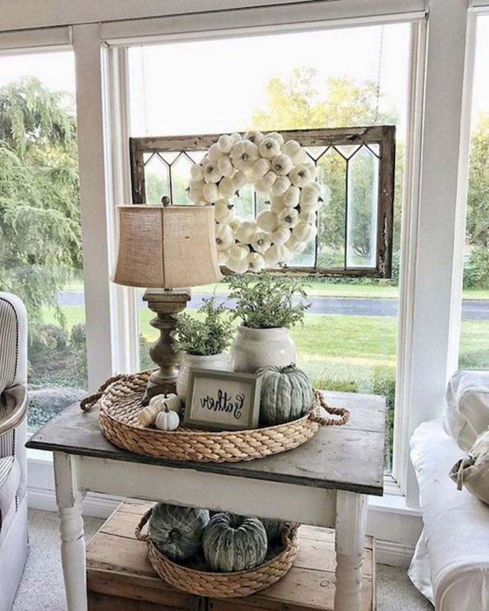 40 Awesome Fall Decoration Ideas For Living Room (17)