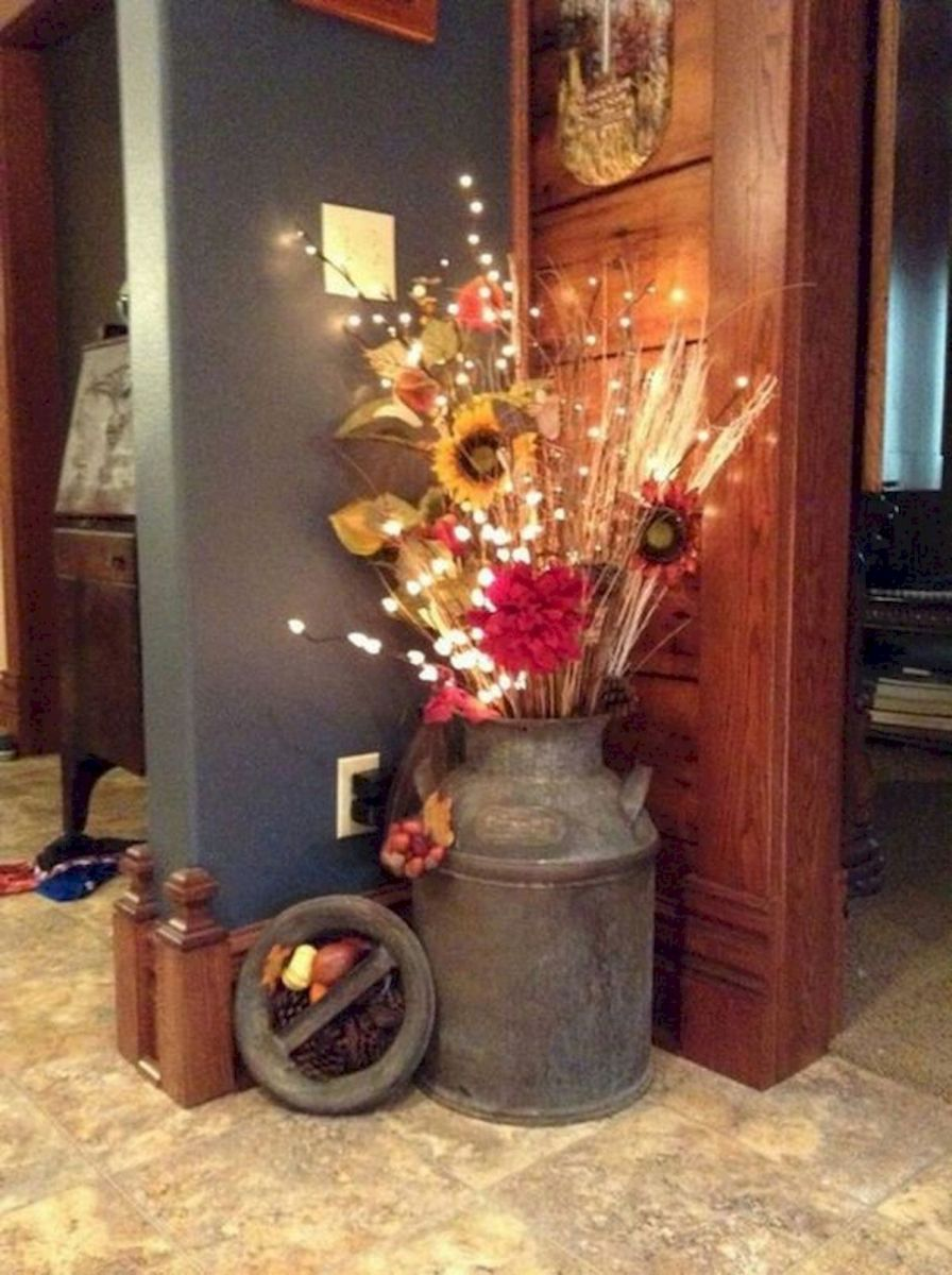 40 Awesome Fall Decoration Ideas For Living Room (23)