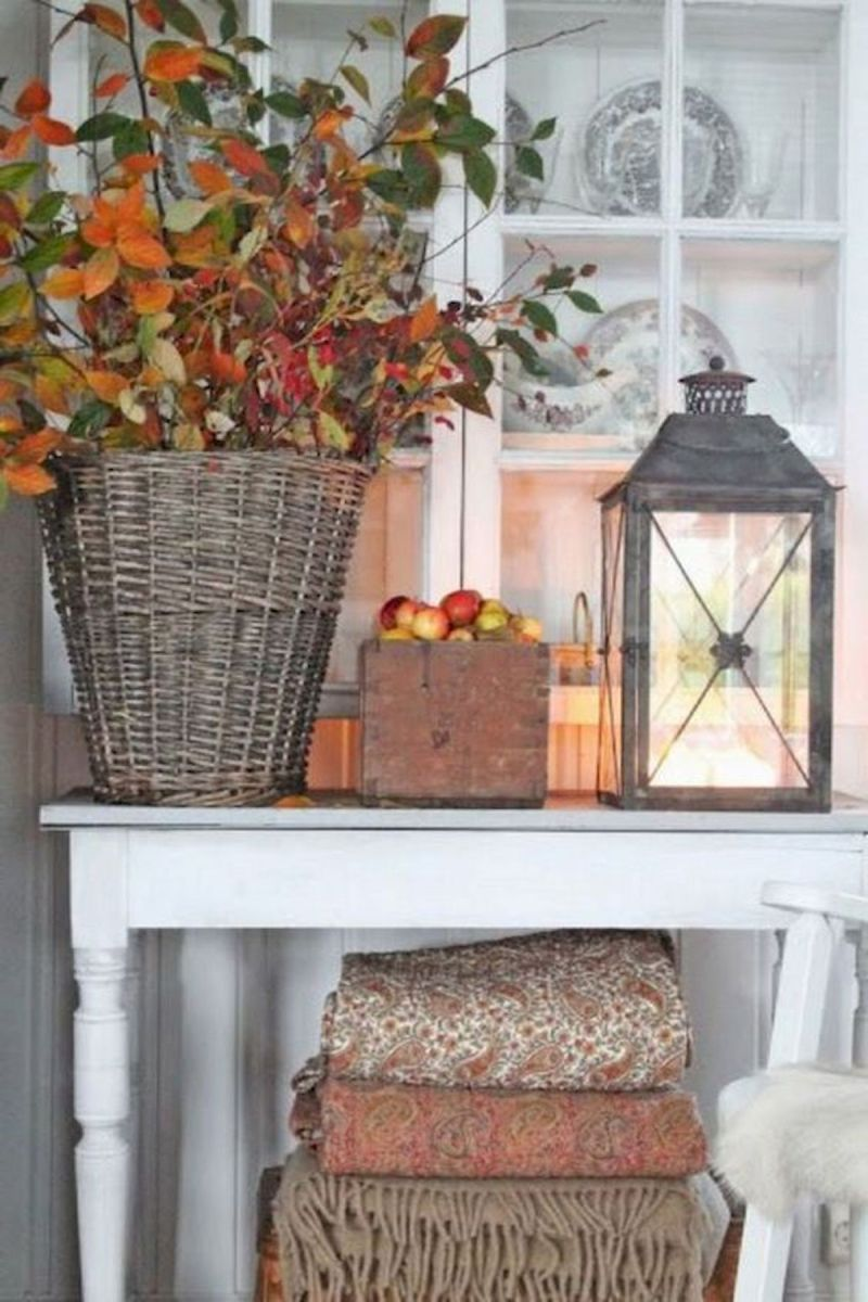 40 Awesome Fall Decoration Ideas For Living Room (5)