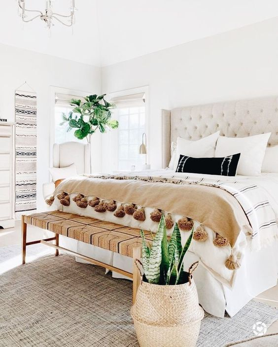 20 Best Boho Farmhouse Bedroom Decor Ideas (20)
