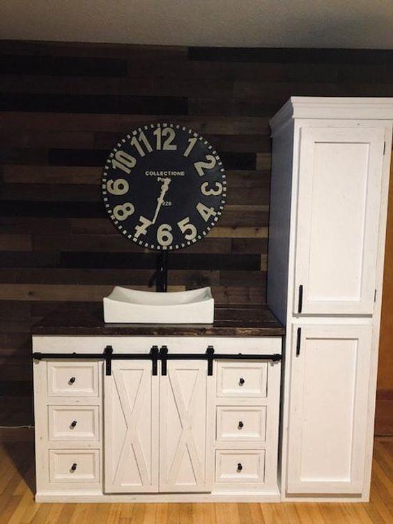 20 Best Farmhouse Bathroom Tile Decor Ideas (17)