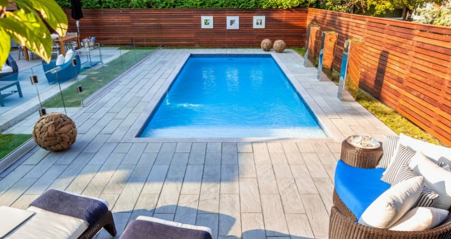 garden swimming pool ideas with fence