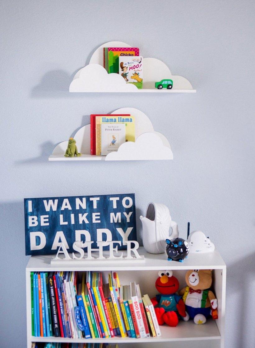 pared del estante del dormitorio