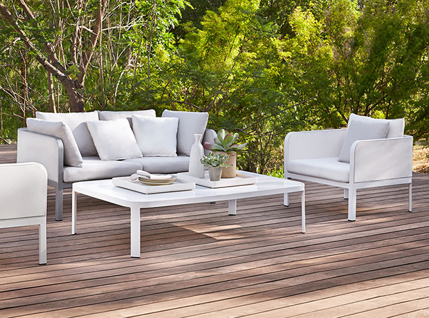 the best white outdoor furniture