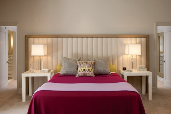 Simple Bedroom Design With Modern Touch and Colorful ...