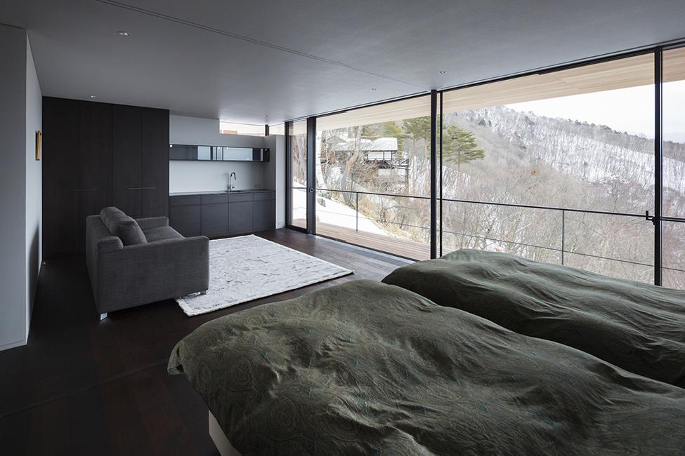 Wondrous Modern Architecture Serves Panoramic Landscape
