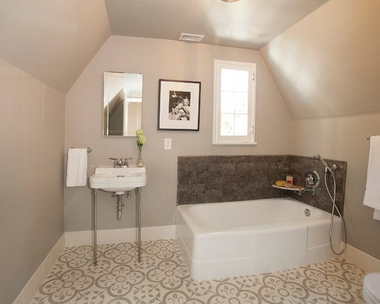 Lovely Simple Bathrooms Designs for Modern Style ...