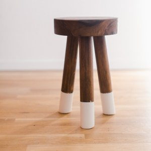 Instructions and tutorial for DIY Dip Dyed Walnut Stool