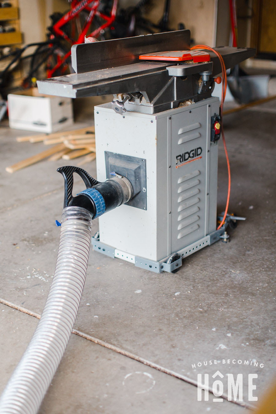 Portable Dust Collection Dust Right Handle on Jointer